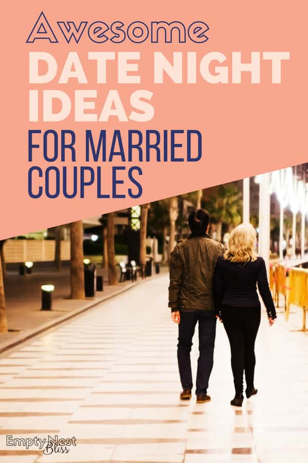 Date Night Ideas for Married Couples don't have to be boring or cost a fortune! Great list of ideas to print out too! #marriage #happymarriage #relationshipgoals #marriagegoals