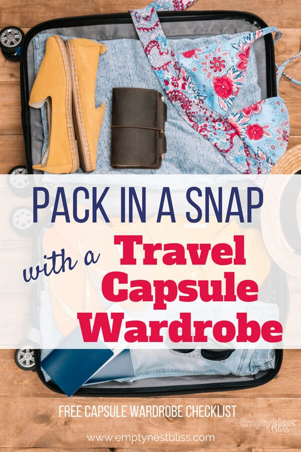 Travel Capsule Wardrobes let you pack in a snap and look amazing when you travel!!